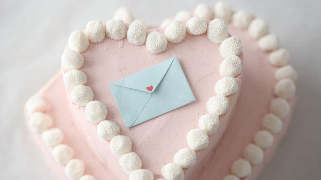 Valentine love heart cake