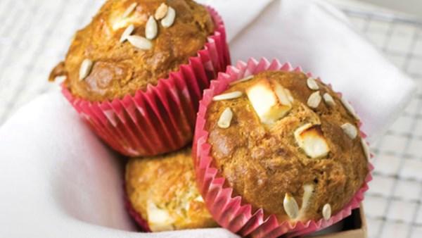 Grova muffins med fetaost